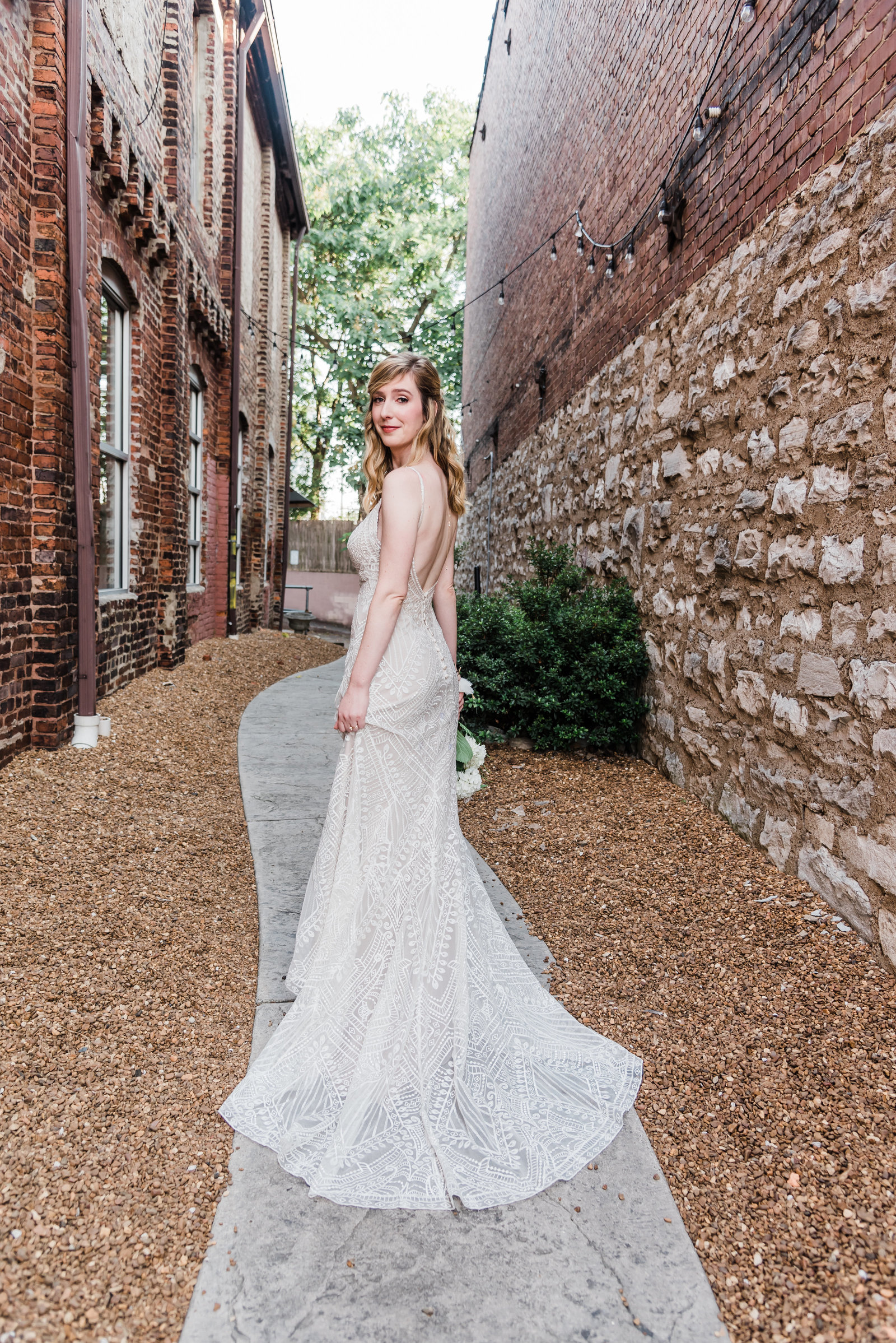 1184nashville-wedding-photographers-cannery-wedding