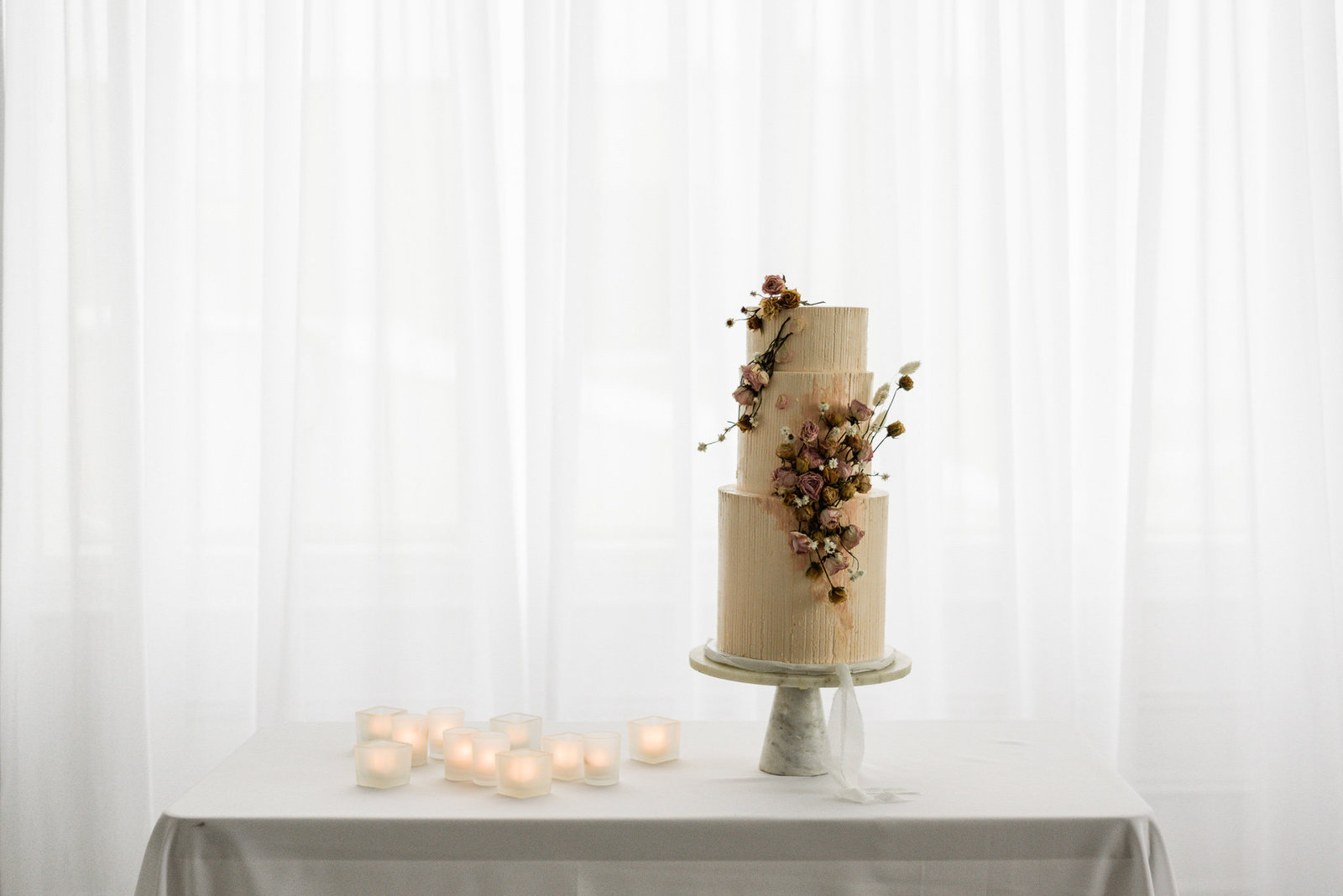 Love in Bloom wedding Cake