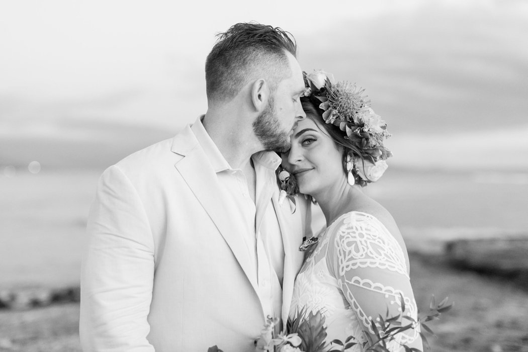 W0518_Dugan_Olowalu-Plantation_Maui-Wedding-Photographer_Caitlin-Cathey-Photo_3159-b&w