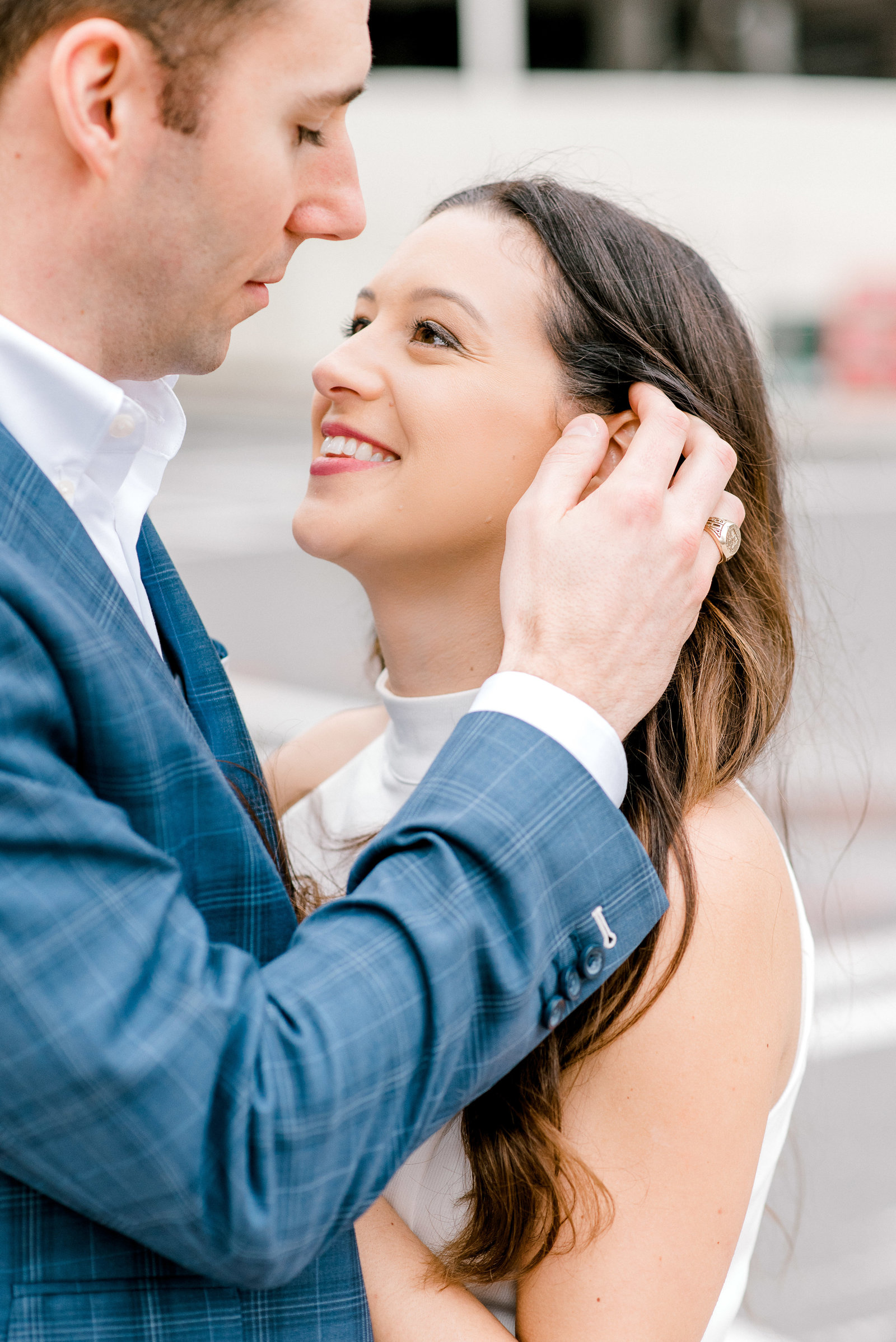 charlotte-engagement-candid-photographer-ballantyne-hotel-uptown-clt-weddings-bride-style-me-pretty-session-wedding-fine-art-bright-and-airy-film-photographer-alyssa-frost-photography-6