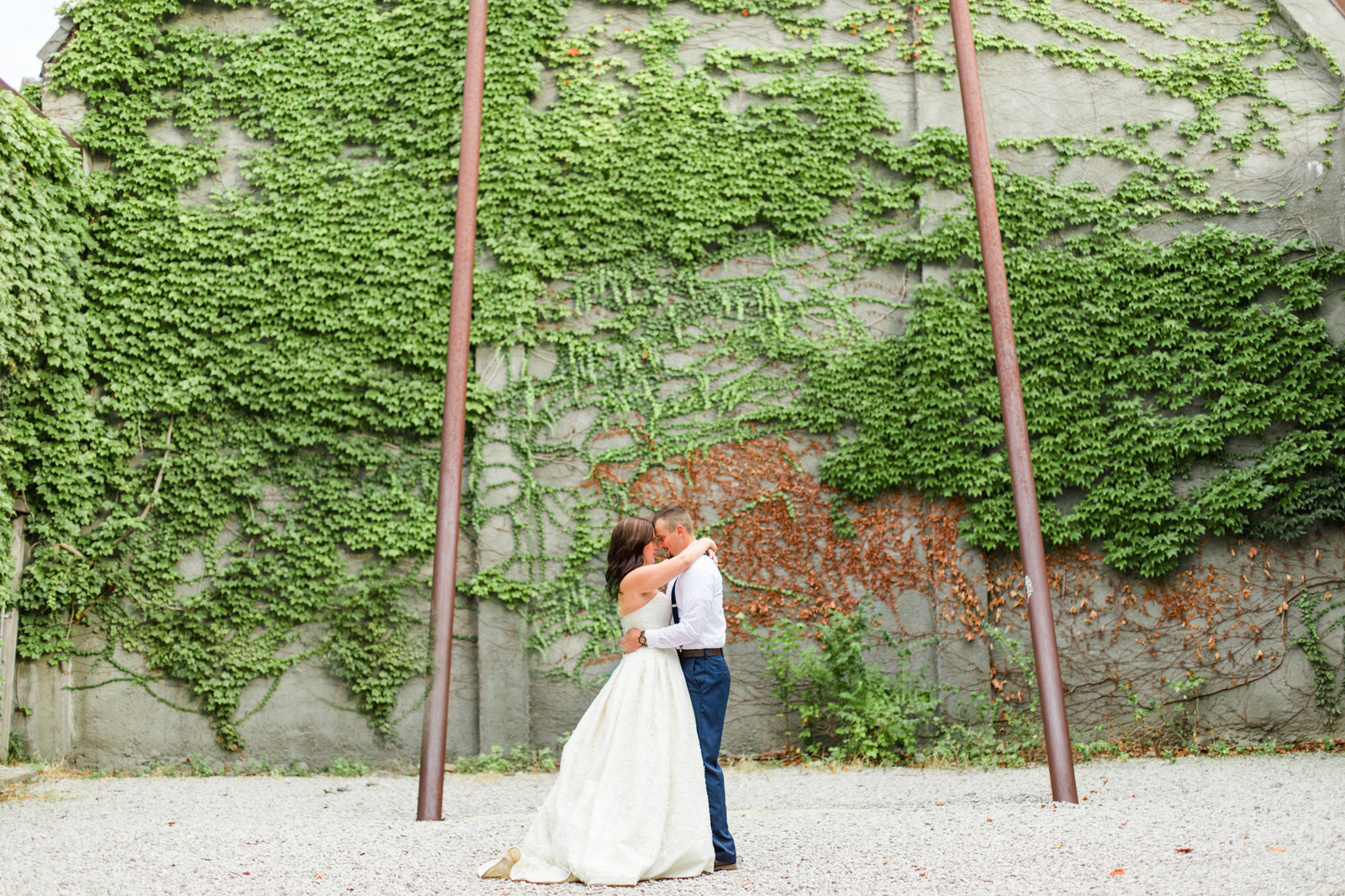 st-louis-wedding-photographer-alton-belleville-spring-stl-romantic-portraits-18