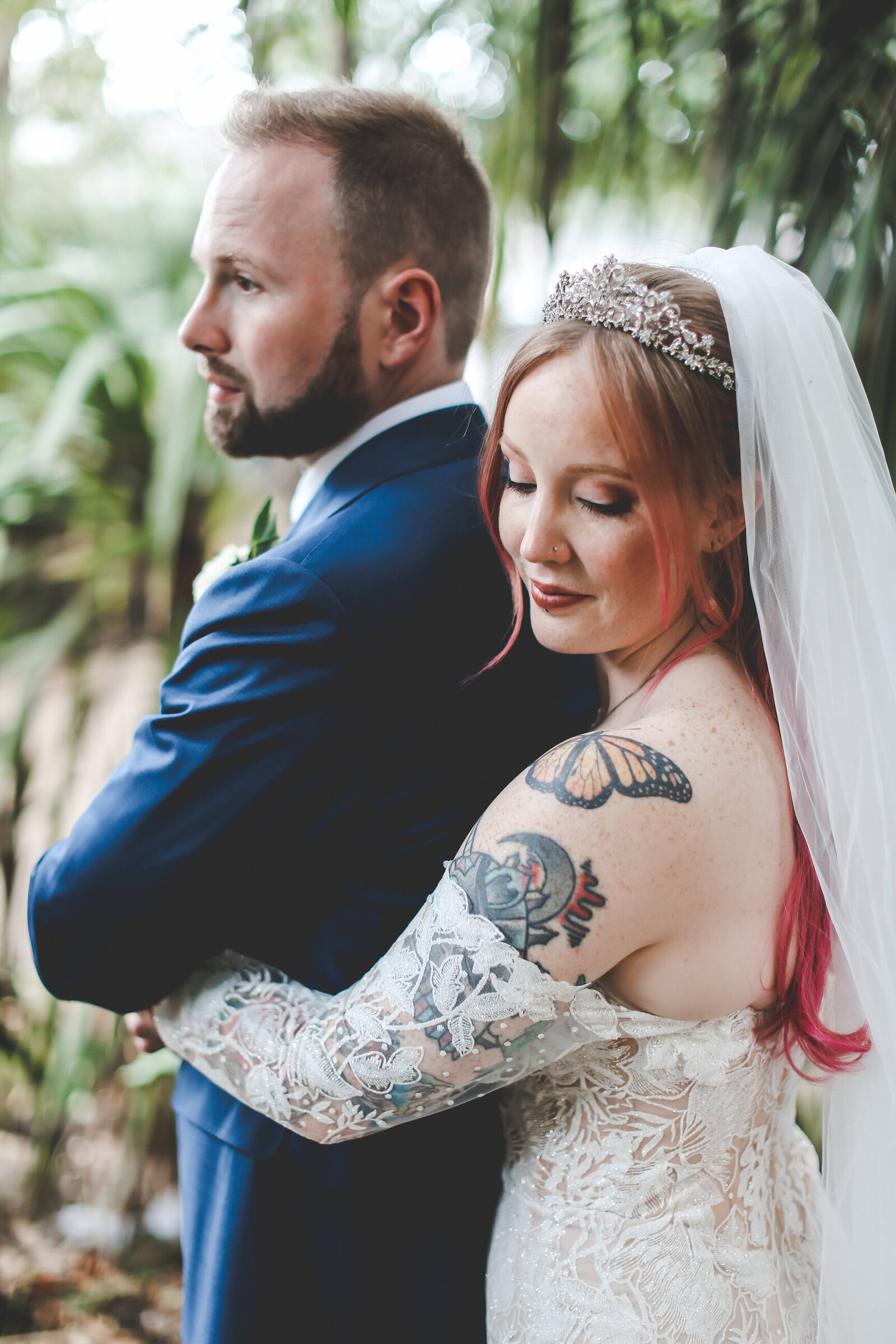 PORTRAITS_LONDON-WEDDING-TATTOO-BRIDE-PINK-HAIR_0022-1