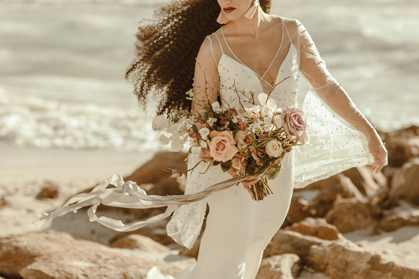 Celestial wedding inspiration_ beach elopement style-86