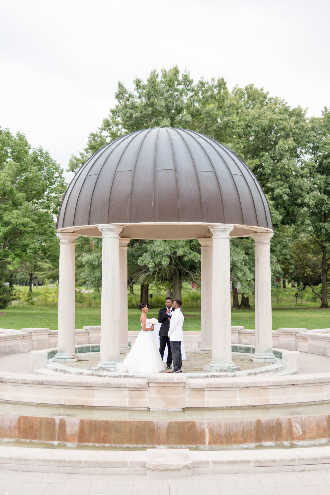 Coxhall-Gardens-Wedding-Indianapolis-Ritz-Charles 0010