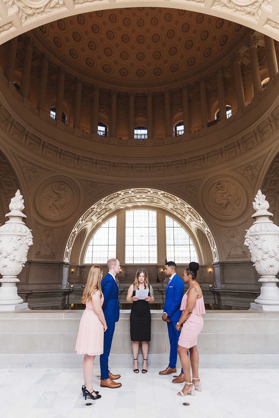 San Francisco City Hall wedding photography by Zoe Larkin Photography