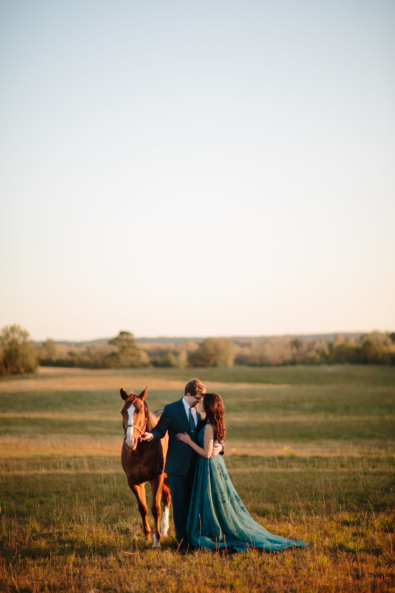 Genuine Wedding Photography for Joyful Couples
