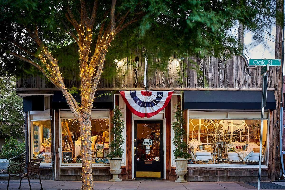 Spinola-Farm-and-Co-Brentwood-California-Shop-Wedding-Event-Florist-Planning-WorkshopsDowntownBrentwood