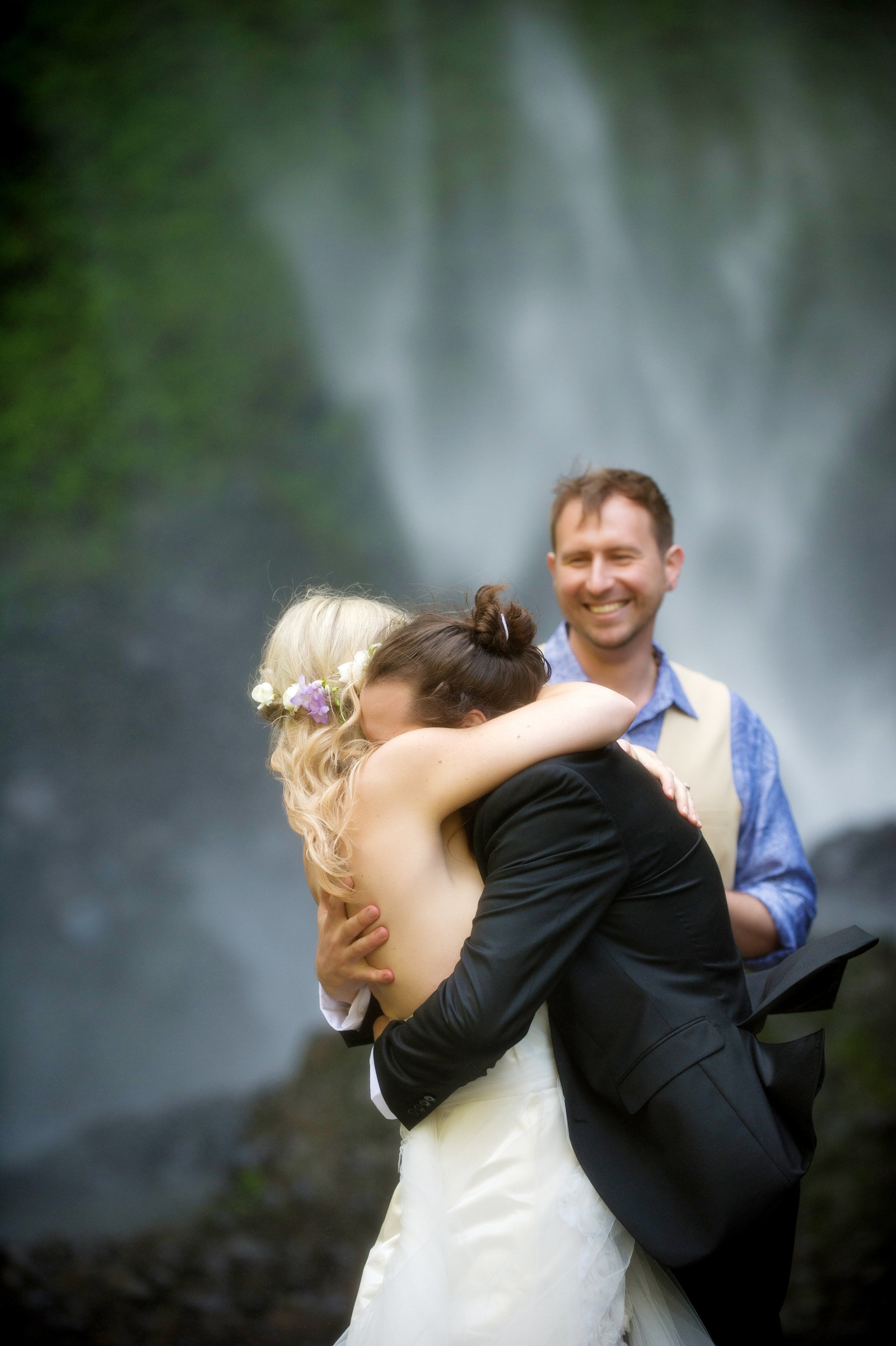 Crystal Genes Photography LATOURELL FALLS ELOPEMENT170421-144935