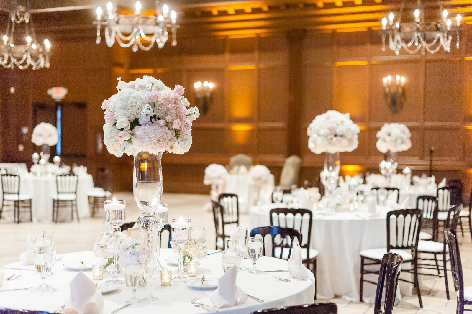 reception-center-pieces-pink-and-white