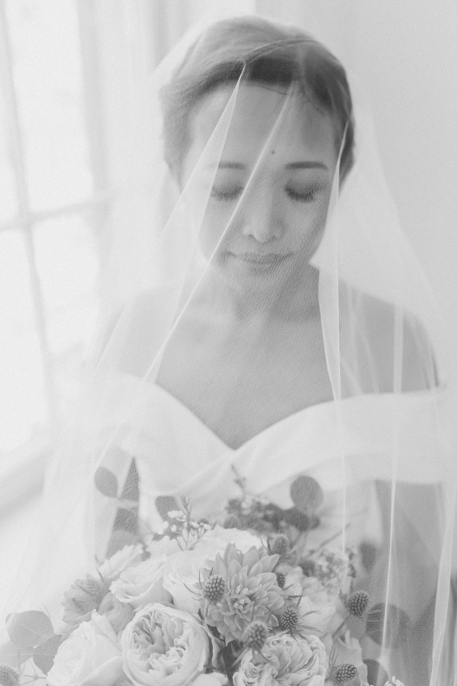 M Harris Studios_Braehead Manor_VA Wedding Photographer_bride under veil