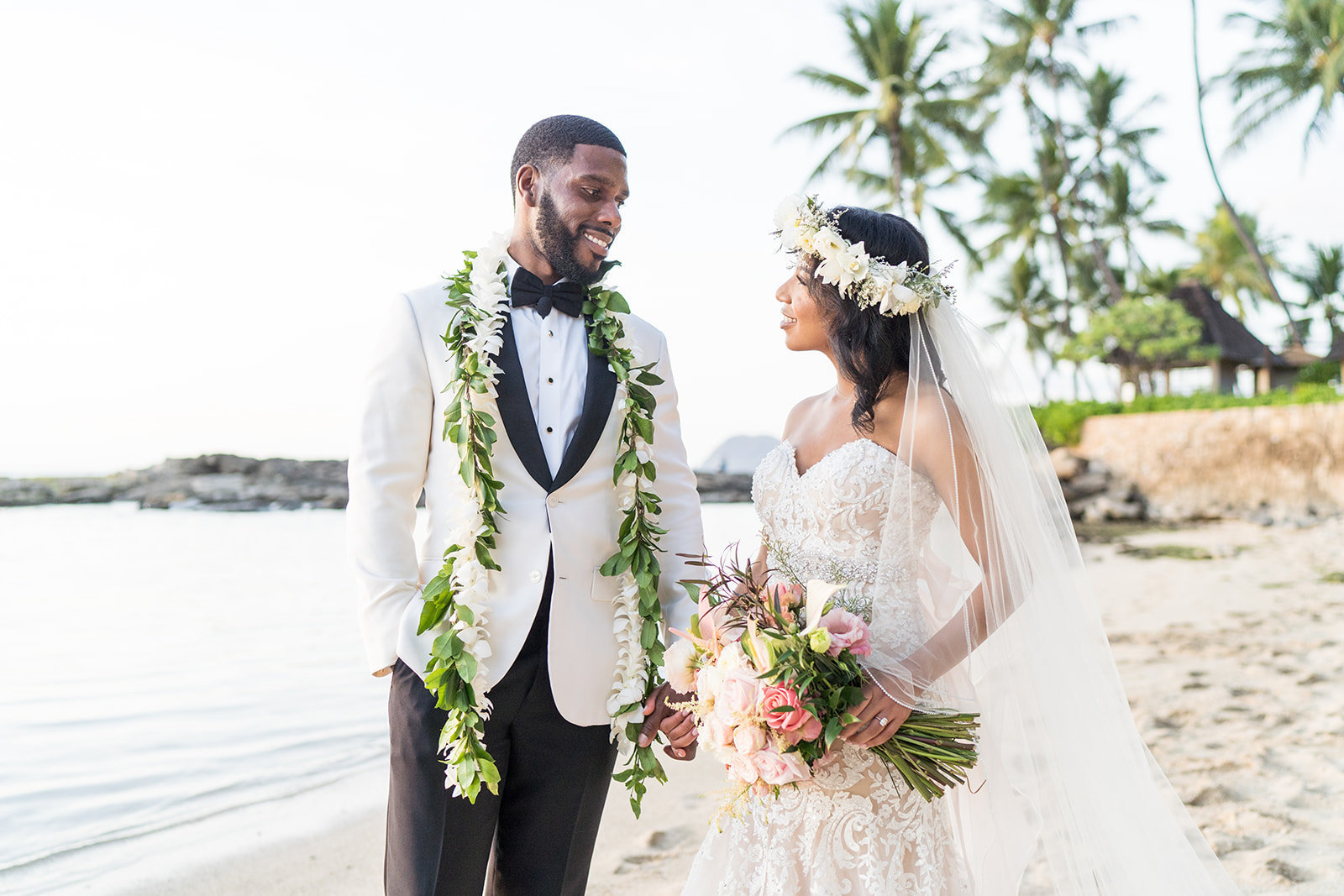 Oahu Hawaii Wedding Photos-477