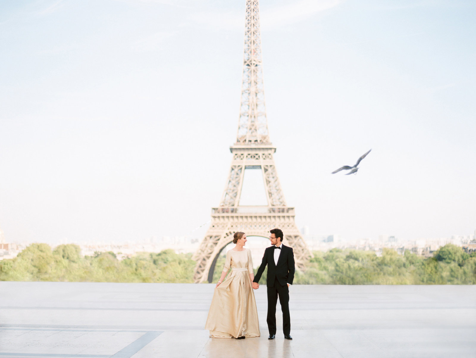 A styled wedding photo shoot in Paris France