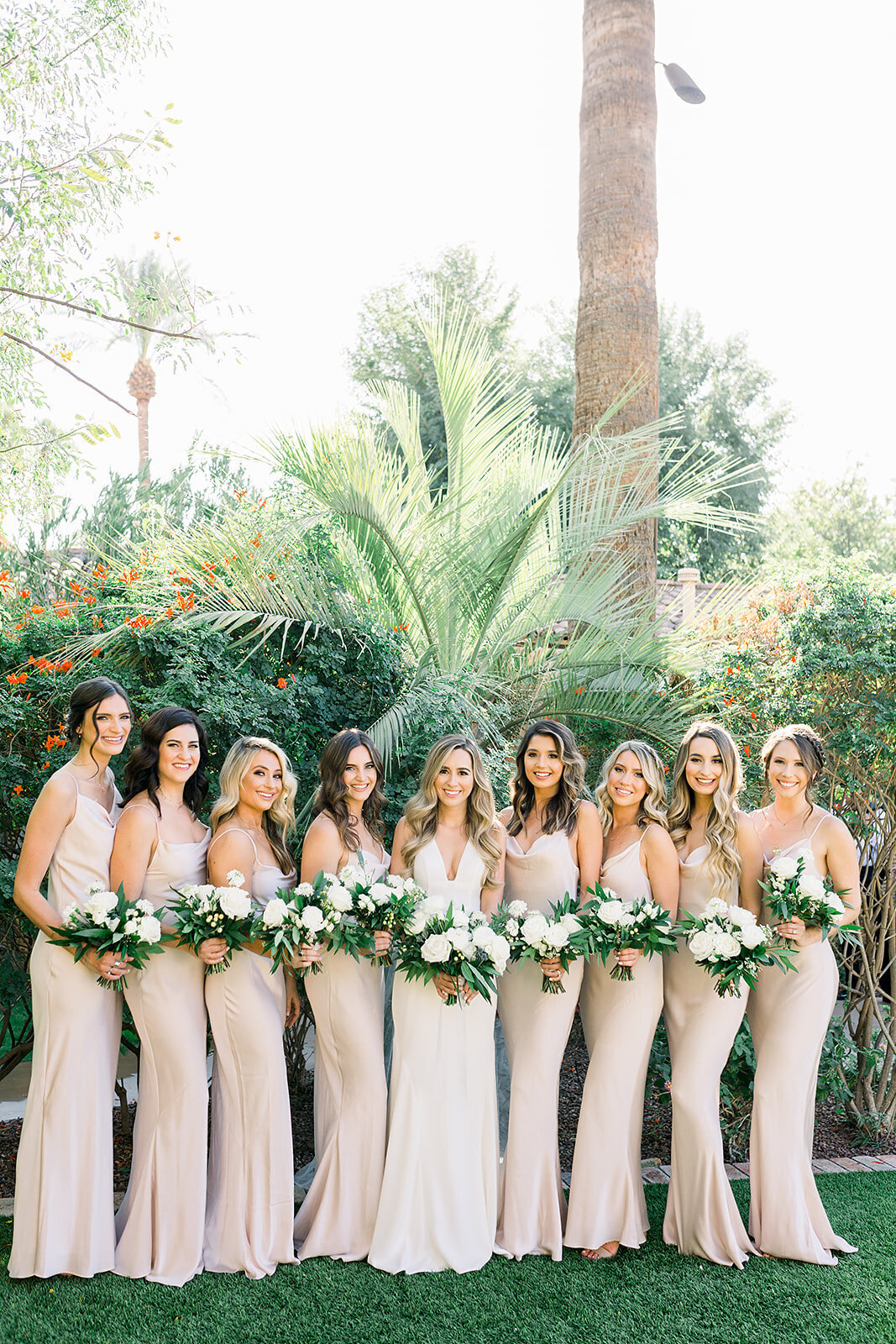 wedding-florist-phoenix-bridesmaid-bouquets-white