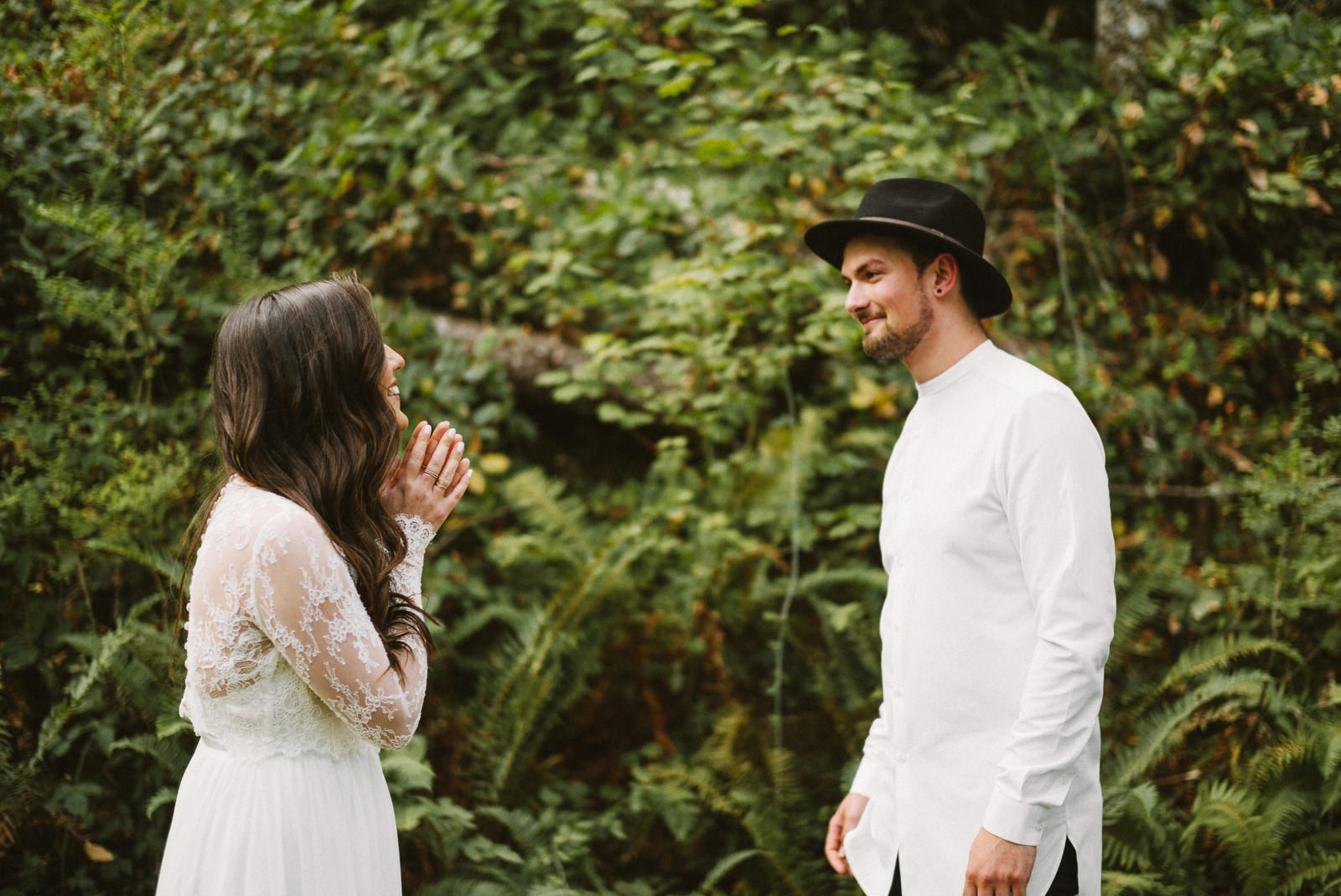 athena-and-camron-seattle-elopement-wedding-benj-haisch-rattlesnake-lake-christian-couple-goals5
