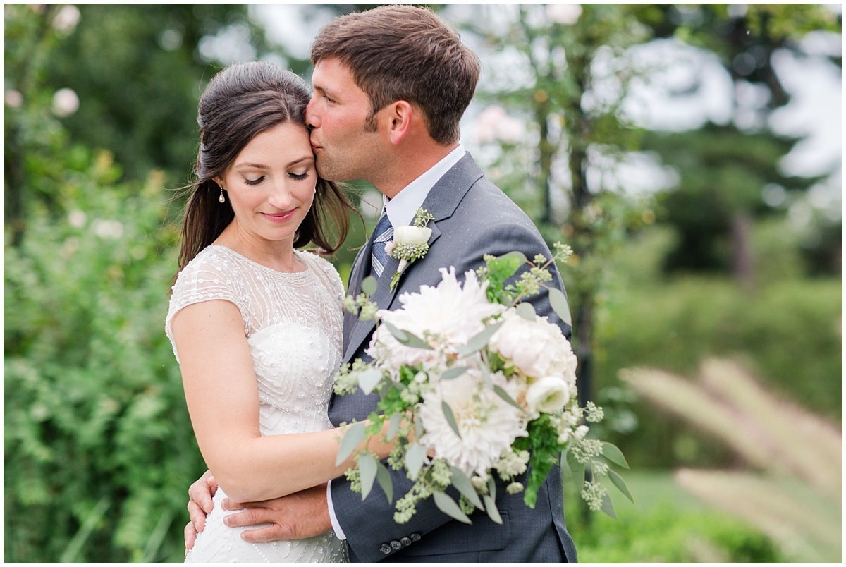 Lauren-Kearns-Brecknock-Hall-Long-Island-Wedding_0343