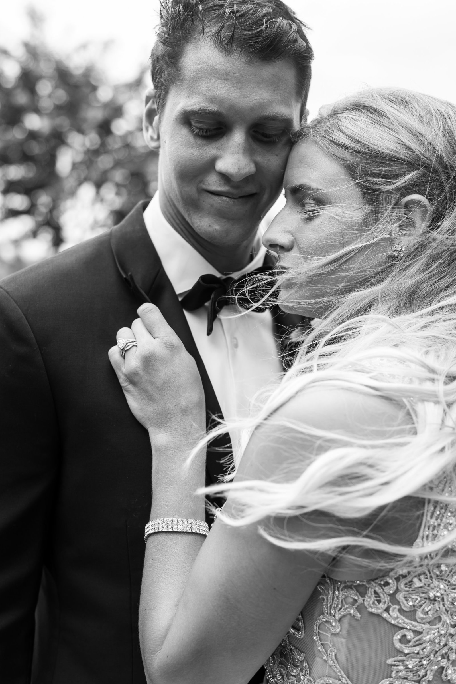 Byra-and-Nick-Willow-Oaks-Country-Club-Wedding-Melissa-Desjardins-Photography-4