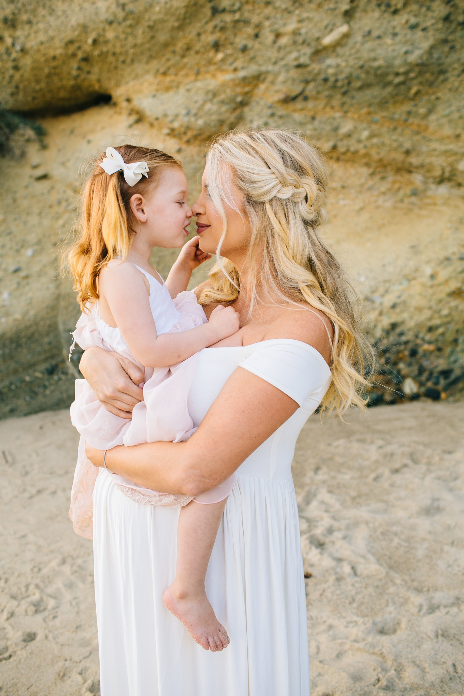 Laguna-Beach-Maternity-Photos_23