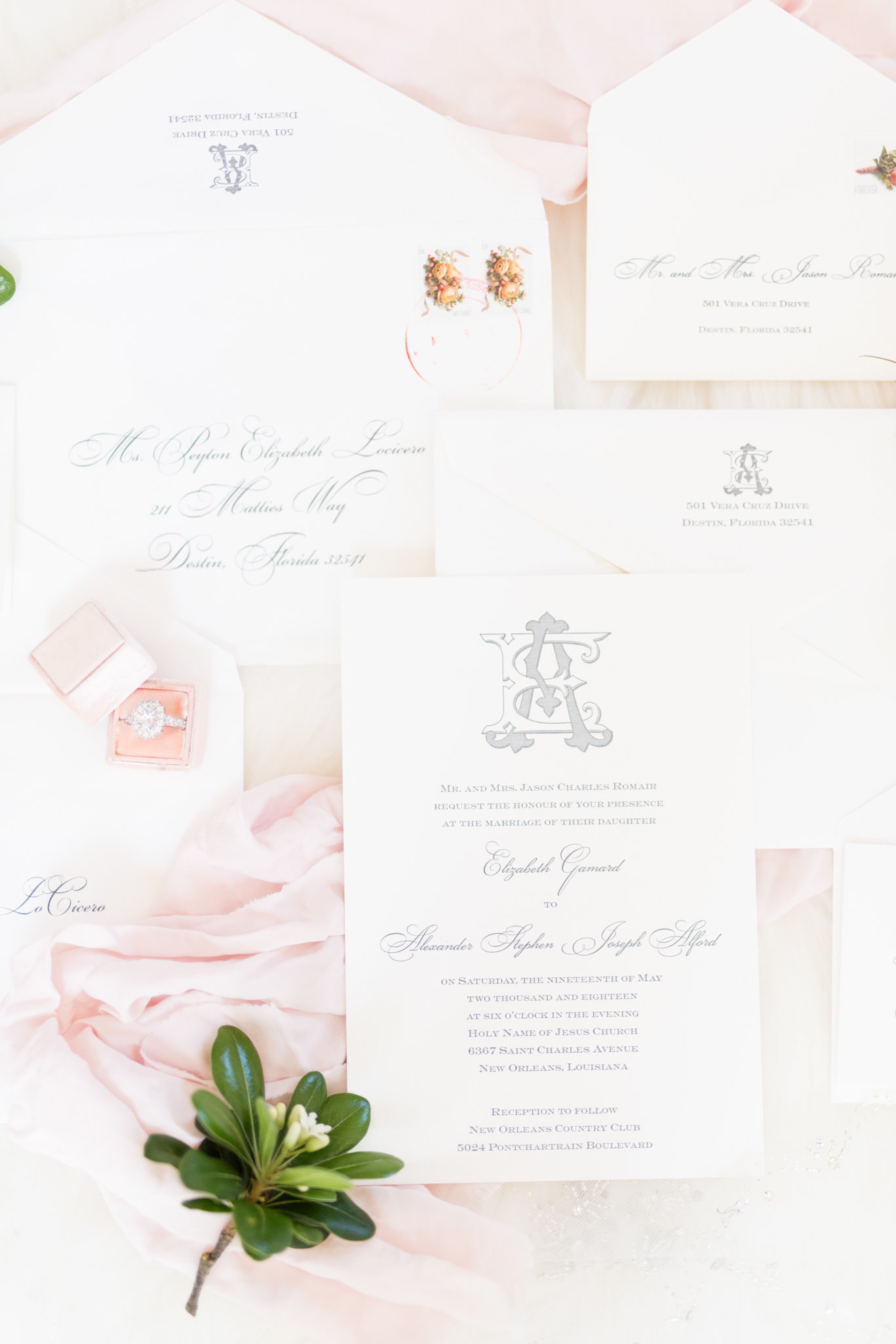 Black and White invitation suite.