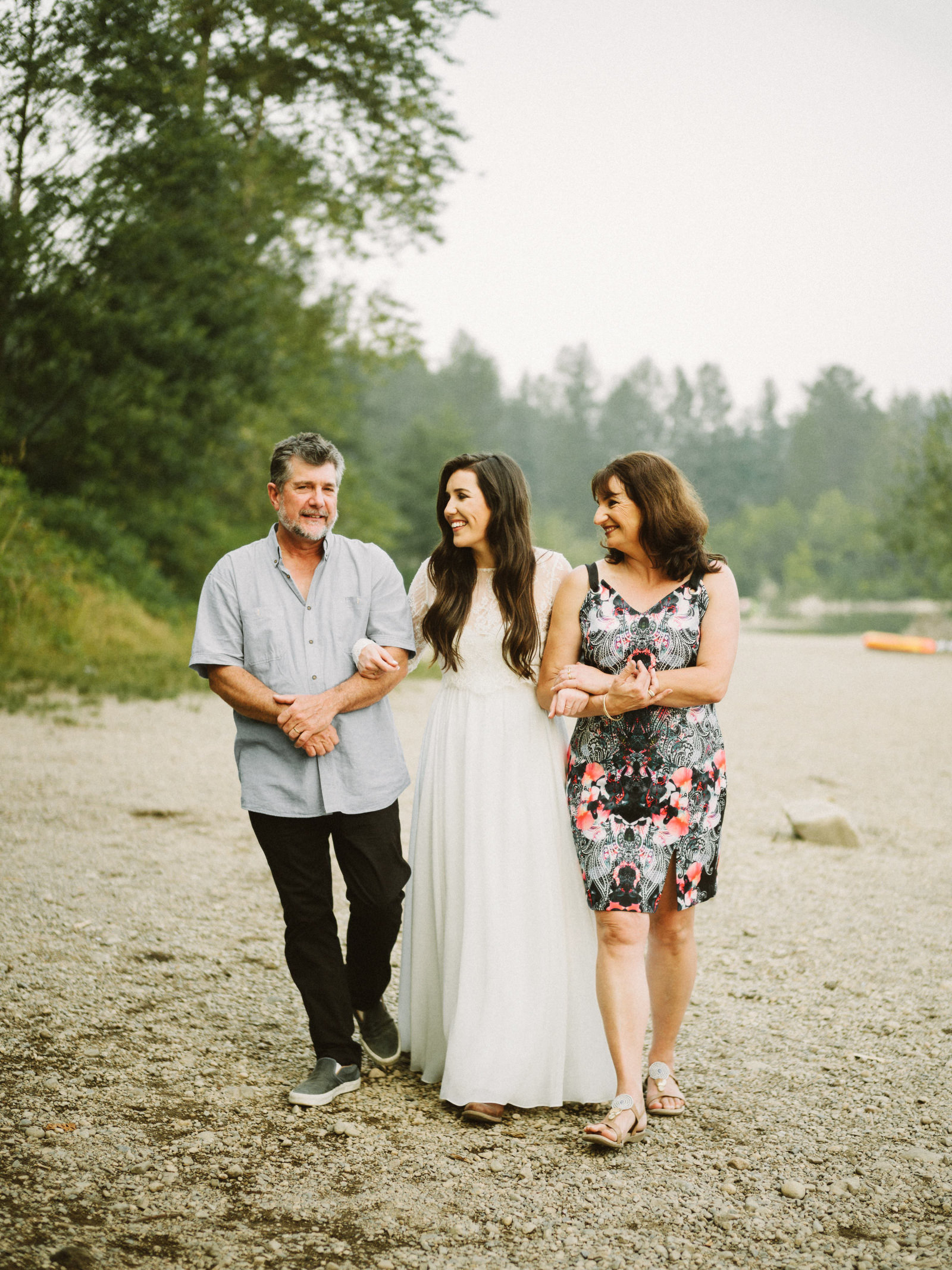 athena-and-camron-seattle-elopement-wedding-benj-haisch-rattlesnake-lake-christian-couple-goals38