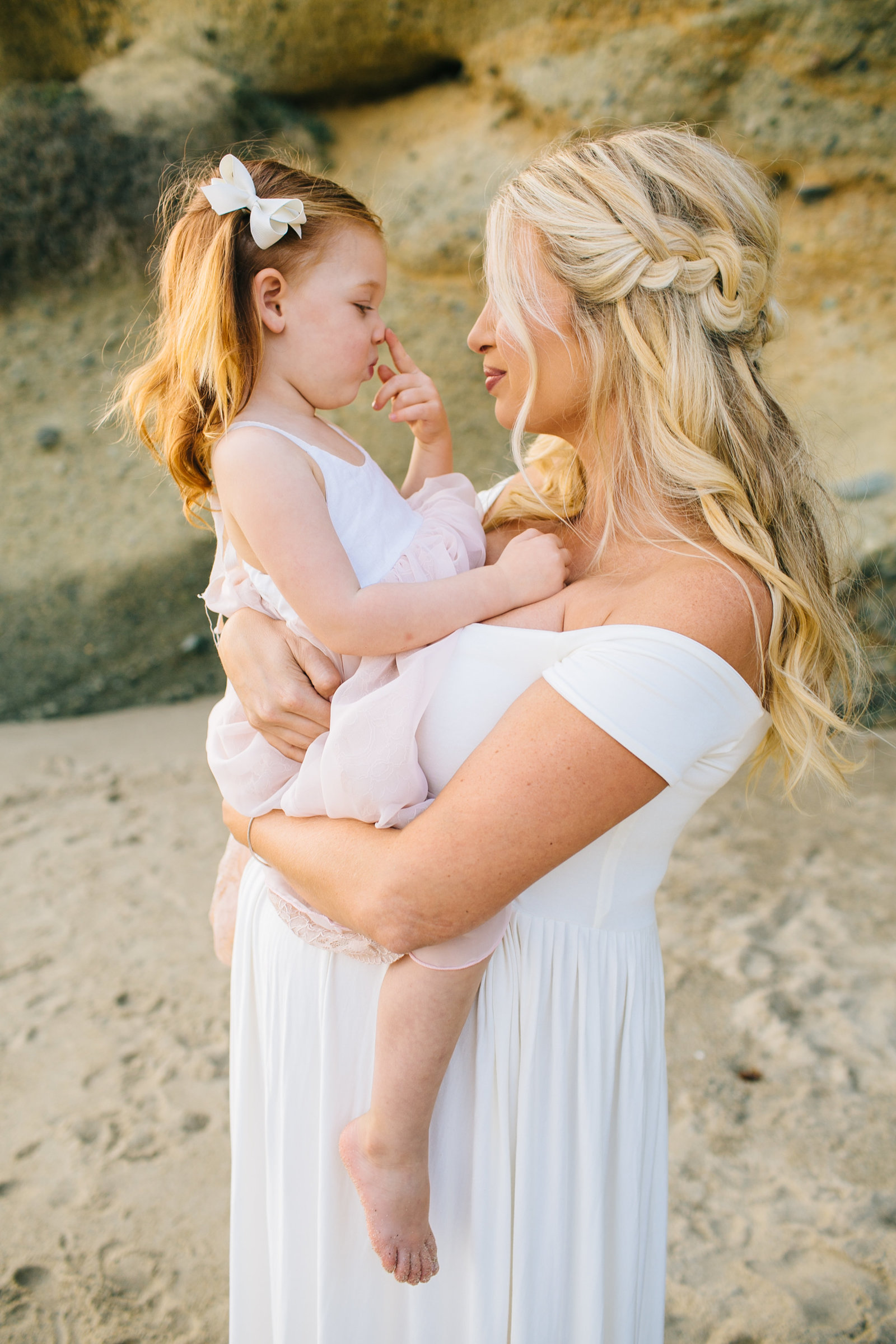 Laguna-Beach-Maternity-Photos_24