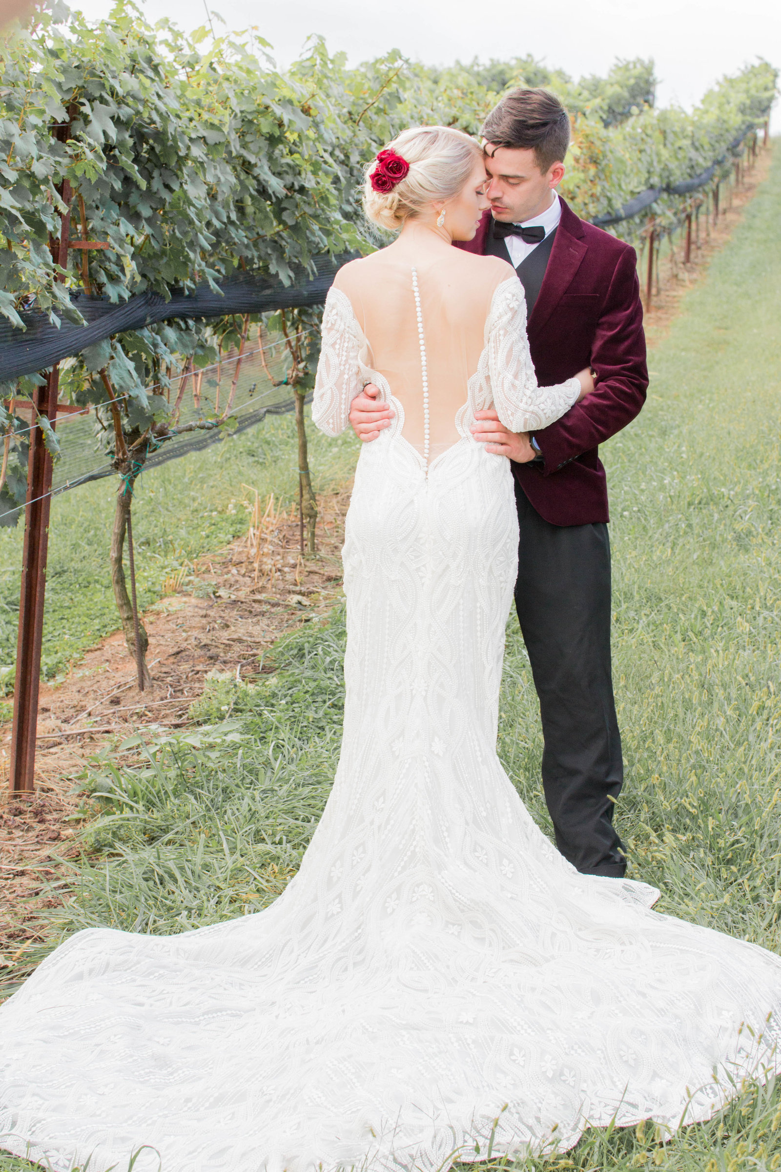 Nashville Wedding Photography | Vineyard Glam Photo Ideas