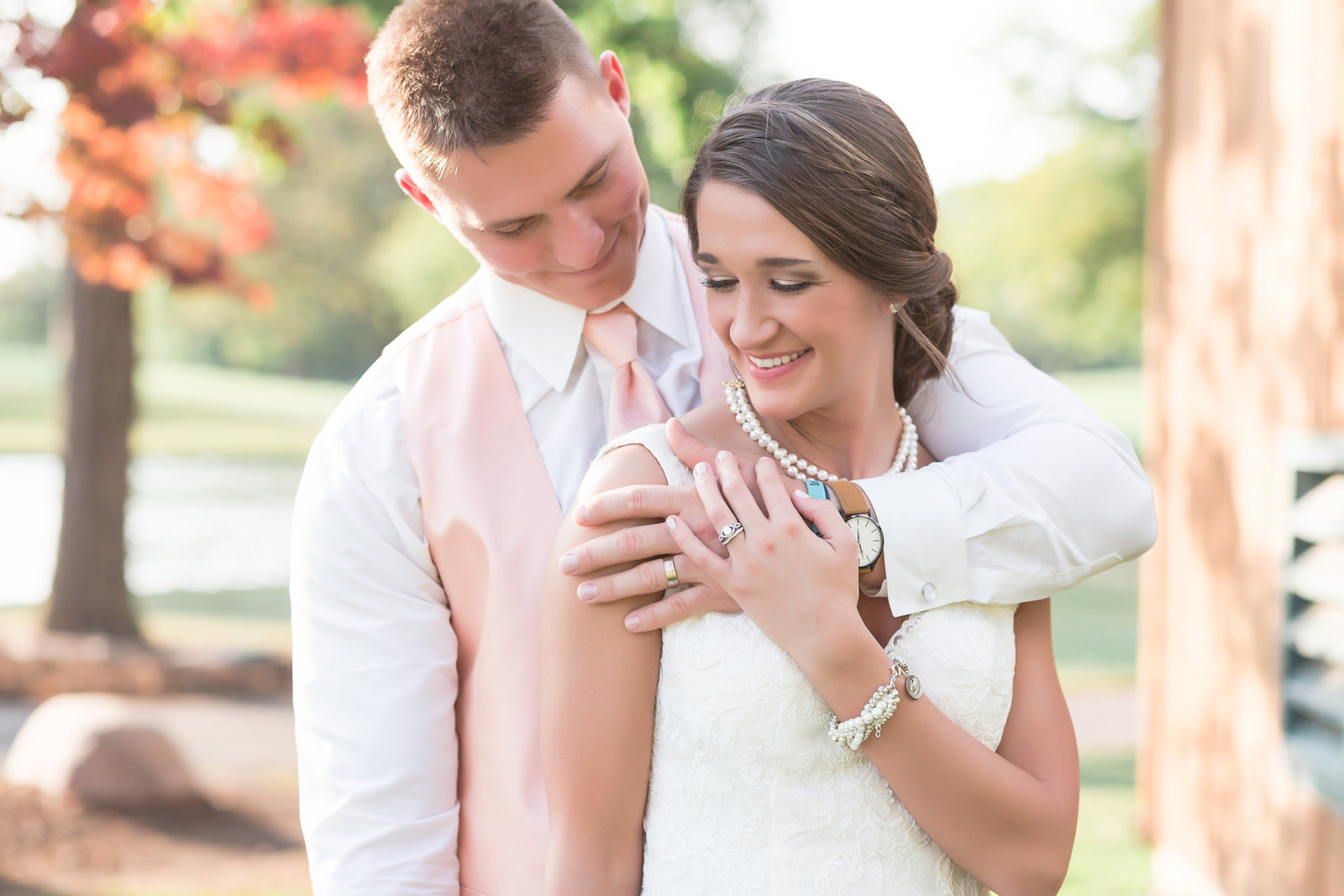 Simply Seeking Photography | Fort Wayne wedding photographer| Bride and groom at Orchard Ridge Country Club wedding