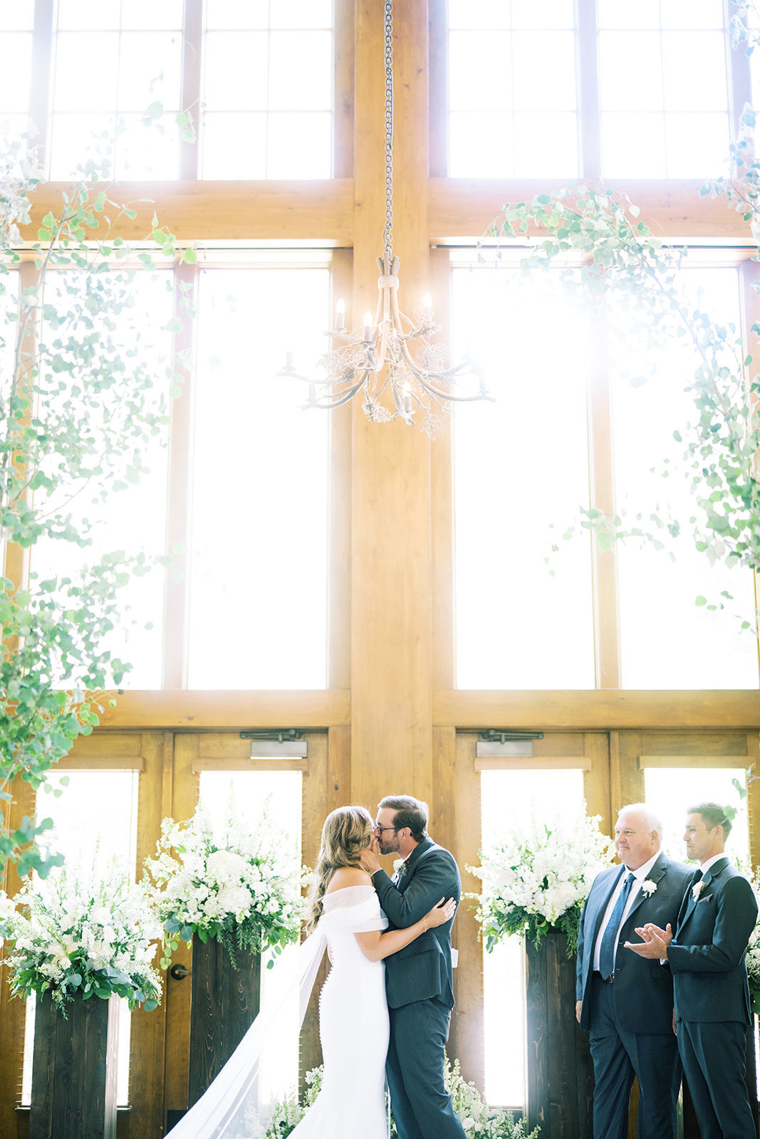 ShelbyRyan-Ceremony-GoBellabyEmilyCampbell-ColoradoEventPlanner9