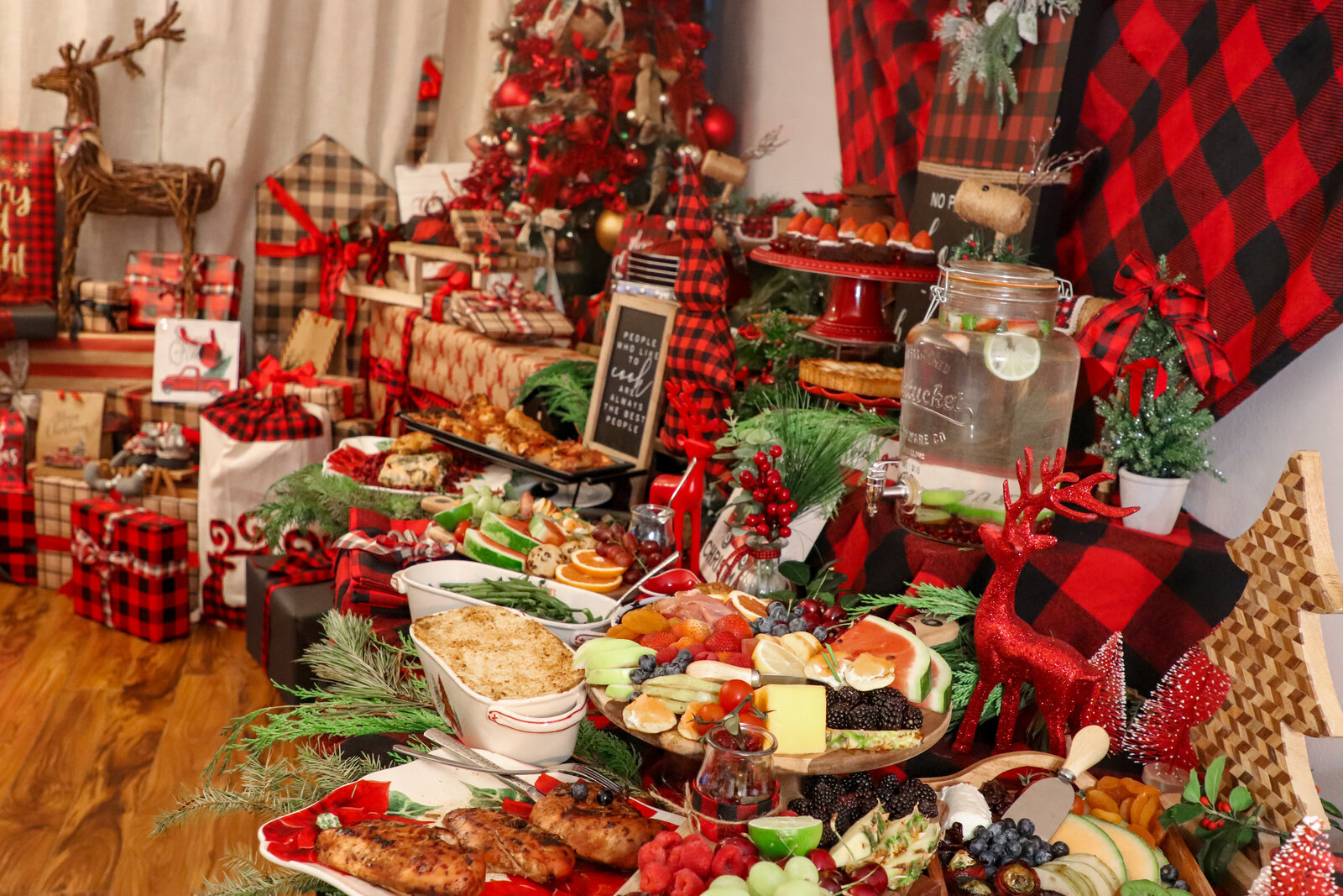 catering new york city event planner christmas party buffet style