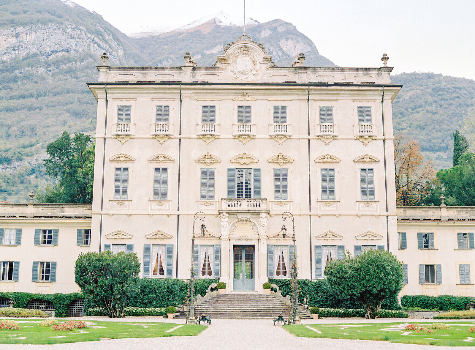 Villa Sola Cabiati Photographed by Amy Mulder Photography.