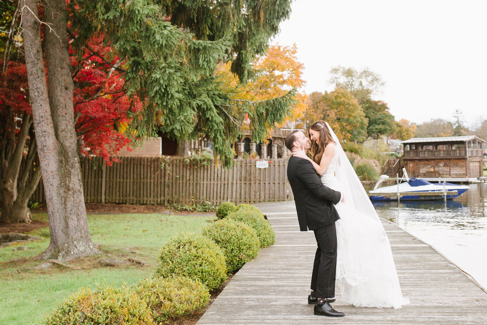Lake-Mohawk-Country-Club-Sparta-fall-wedding-photographer-Jane-d-Martinez-Photography-5712