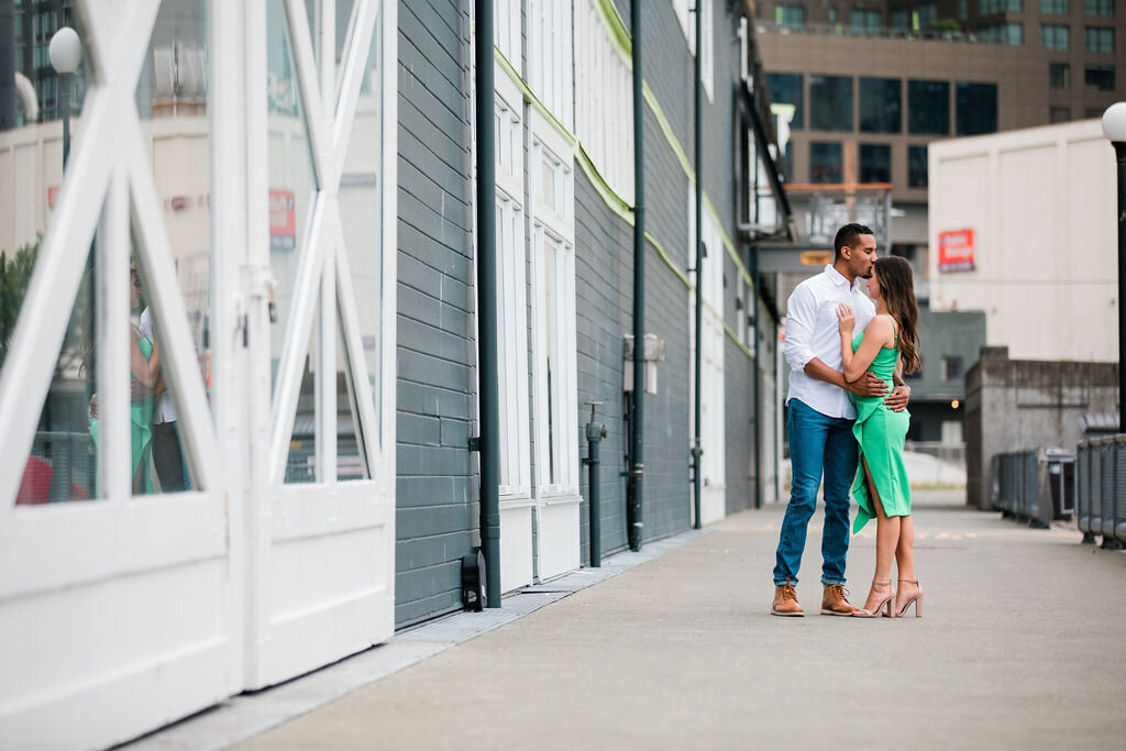 Favorites-seattle-waterfront-engagement-by-Adina-Preston-Photography-June-2020-14