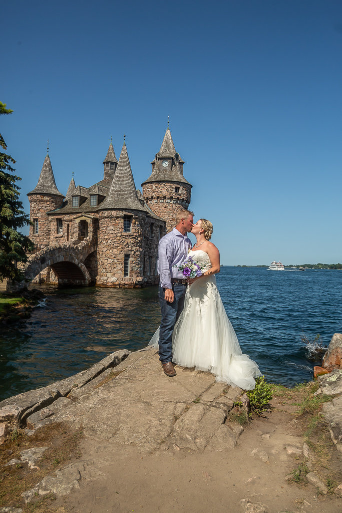 Summer and Ryan Boldt Castle Alexandria Bay NY (70)