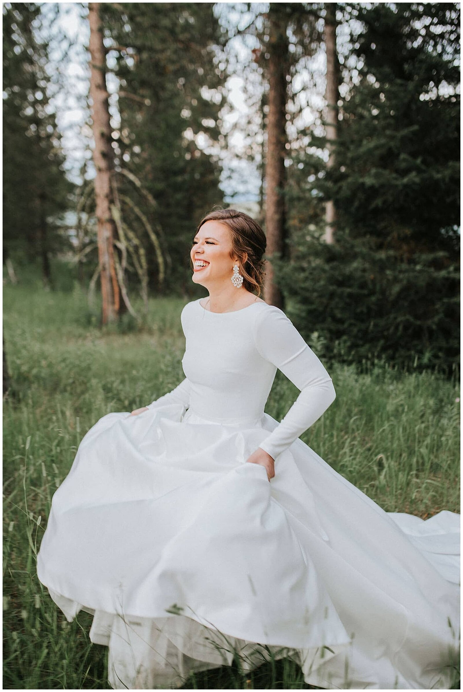 Knoxville Wedding Photographer | bride in wedding dress in Chattanooga Tennessee