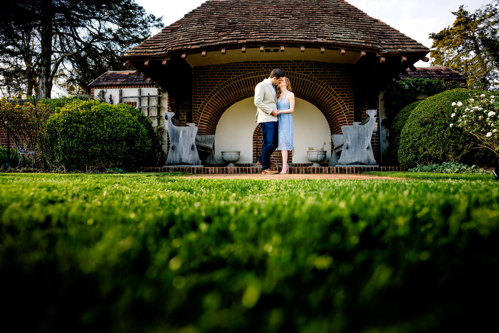 ct-engagement-session-waveny-house-photos-0011