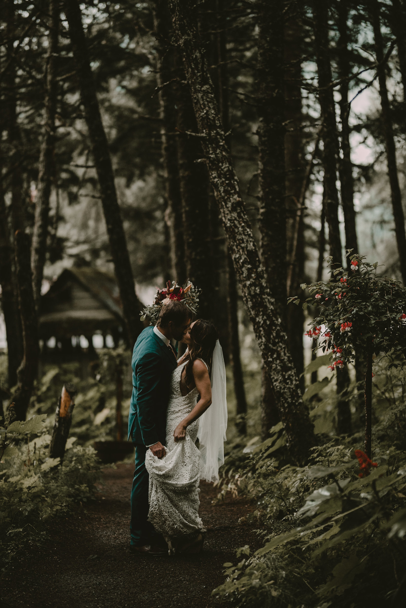 Girdwood wedding photographer