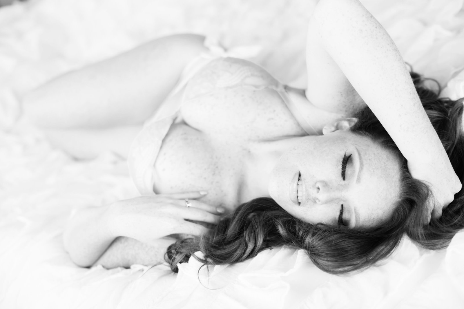black and white glamour boudoir, az boudoir photography