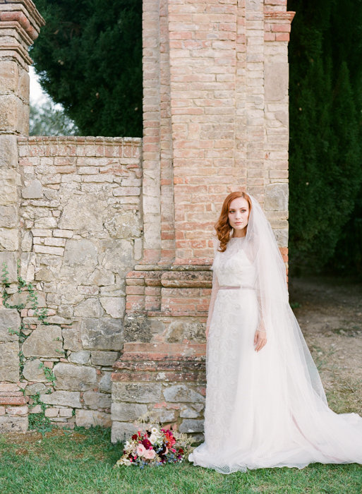 Molly-Carr-Photography-Paris-Film-Photographer-France-Wedding-Photographer-Europe-Destination-Wedding-Villa-Di-Geggiano-Siena-Tuscany-Italy-49