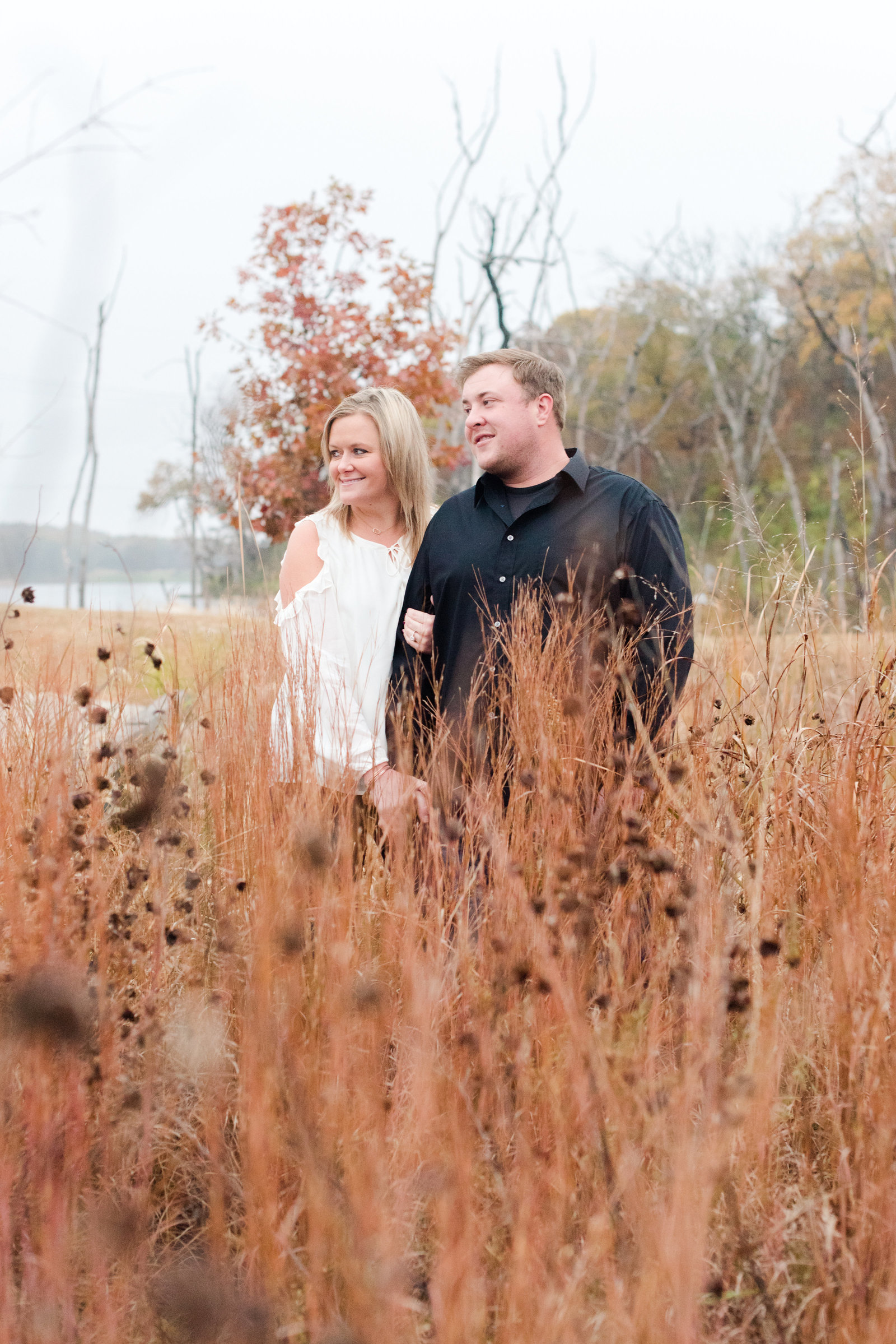 Fall_Engagement_Pictures_at_Black_Hoof_Park-24