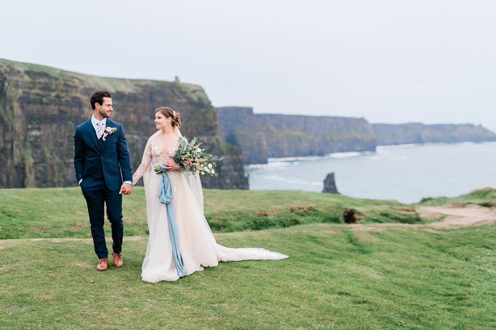 whimsie studios travel destination anniversary photoshoot couples in france ireland bali_7786