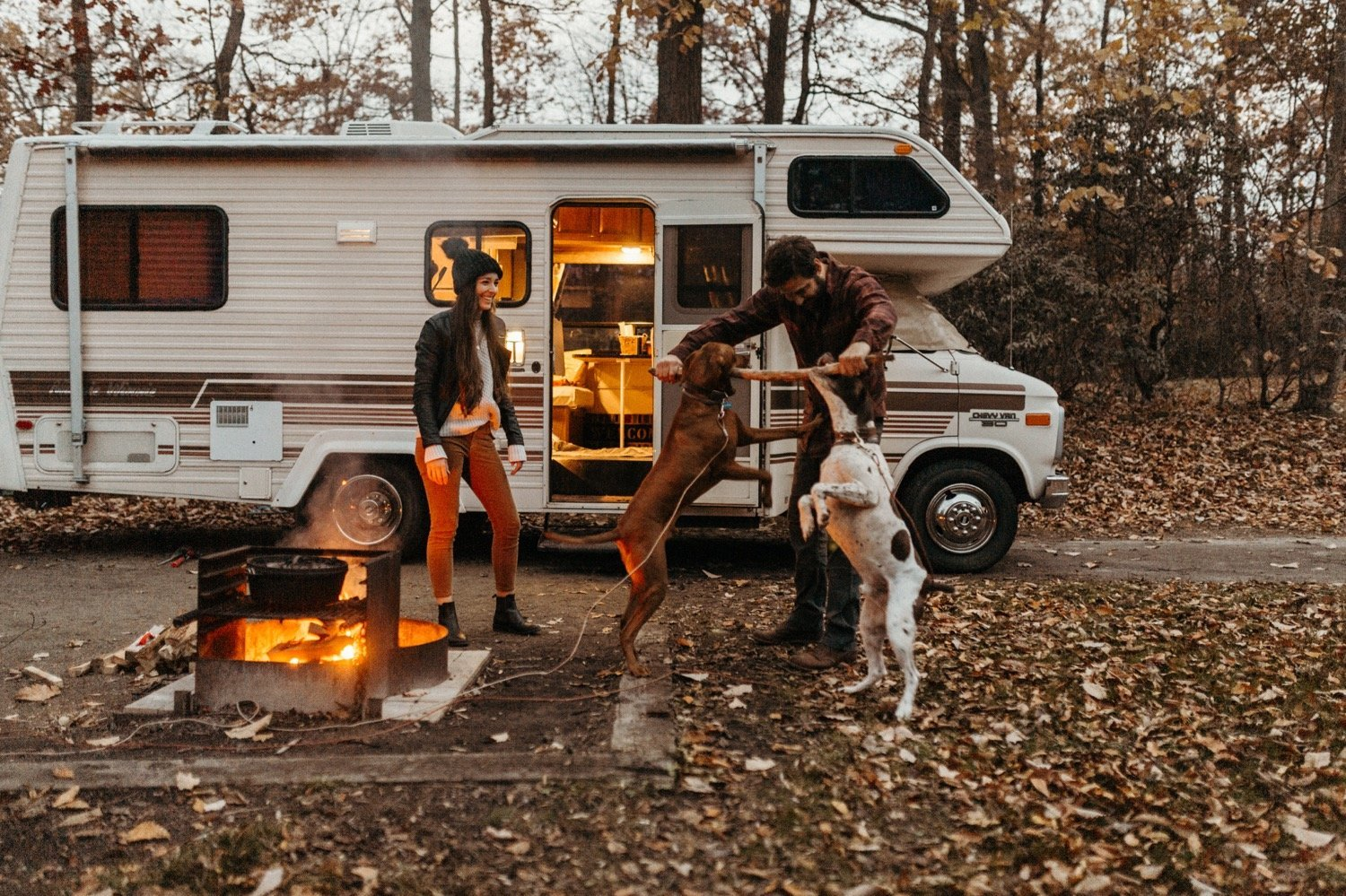 Chill-Camping-Engagement-In-Their-Renovated-Winnebago-With-At-Lighthouse-Hike--Wedding-Photographer-Victoria-Selman-1