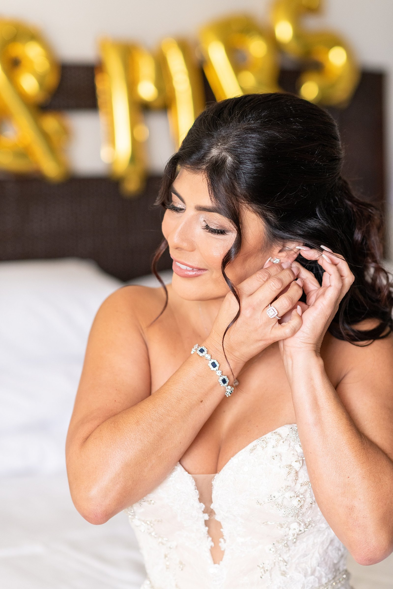 Laura Reynolds Artistry | Bride hair and makeup | Orlando wedding photographer