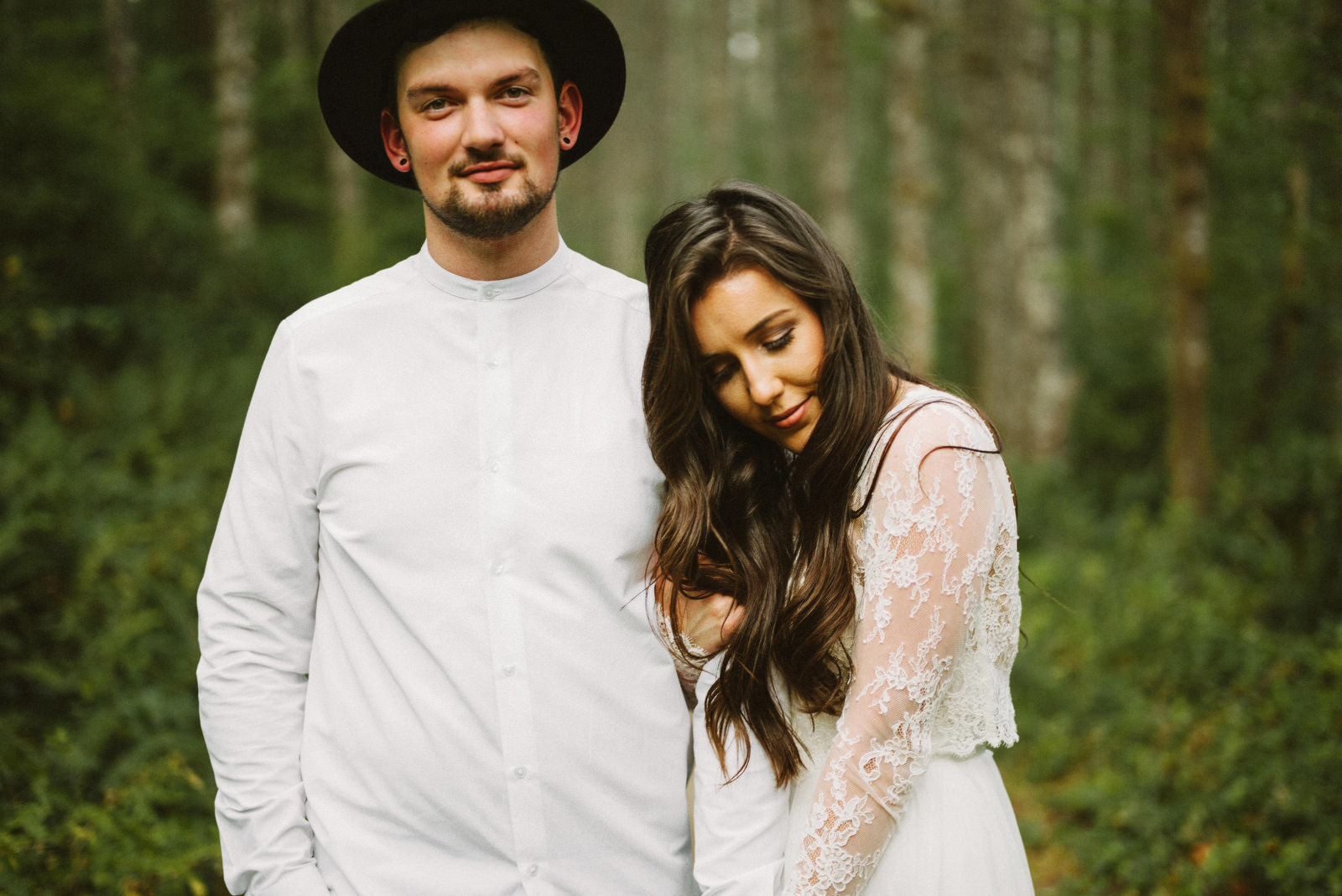 athena-and-camron-seattle-elopement-wedding-benj-haisch-rattlesnake-lake-christian-couple-goals11