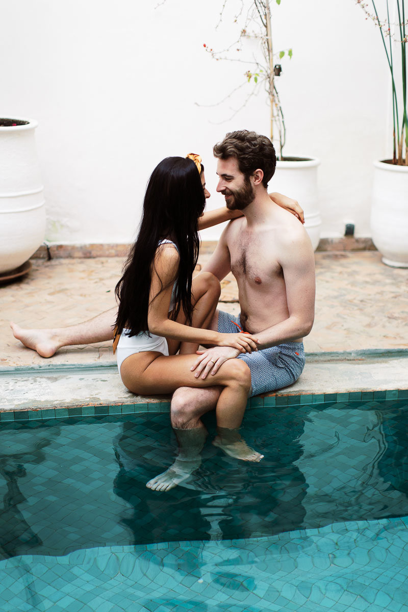 vintage-poolside-engagment-pictures (1 of 1)-3