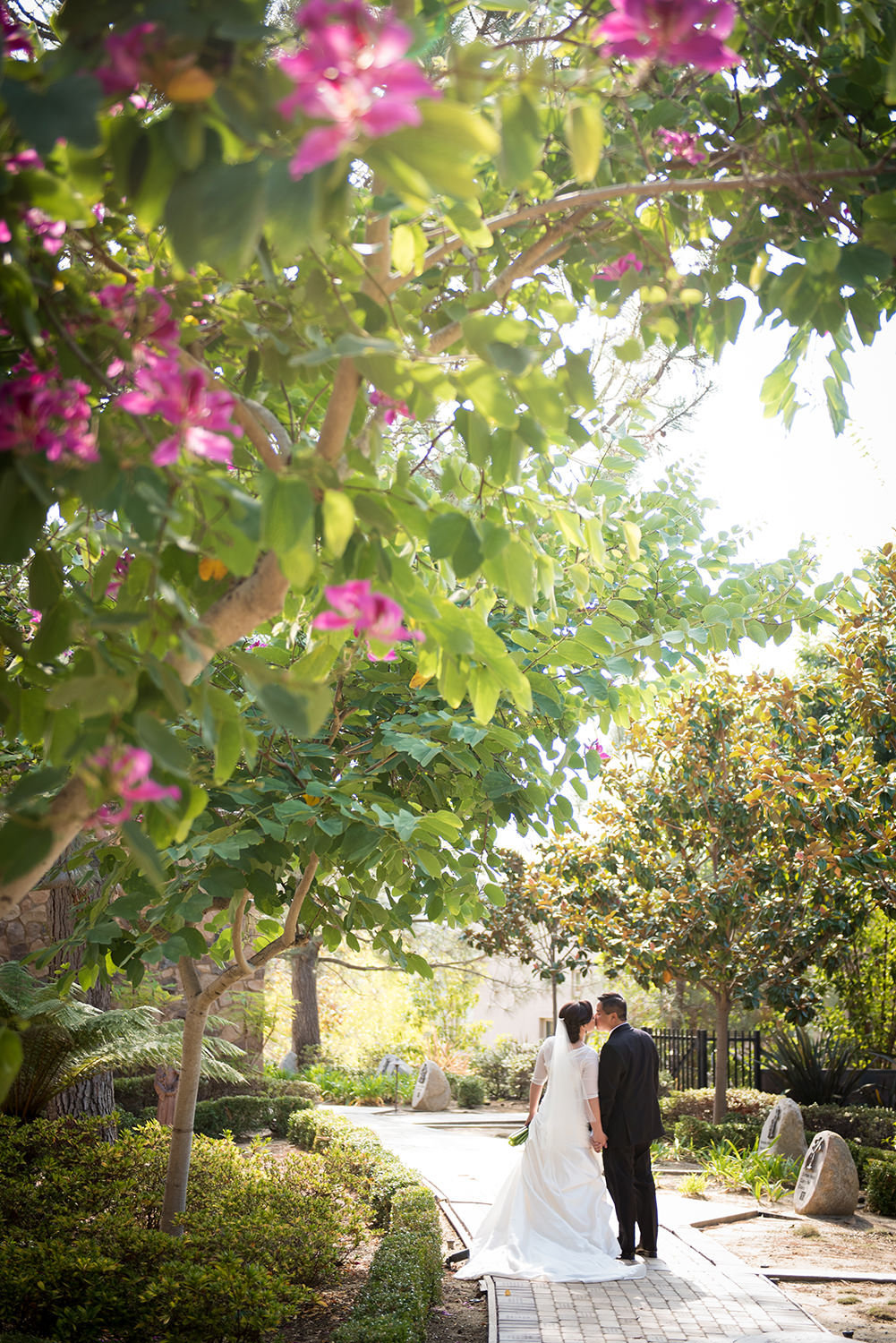 bride and groom on walkway at Santa Luz Club