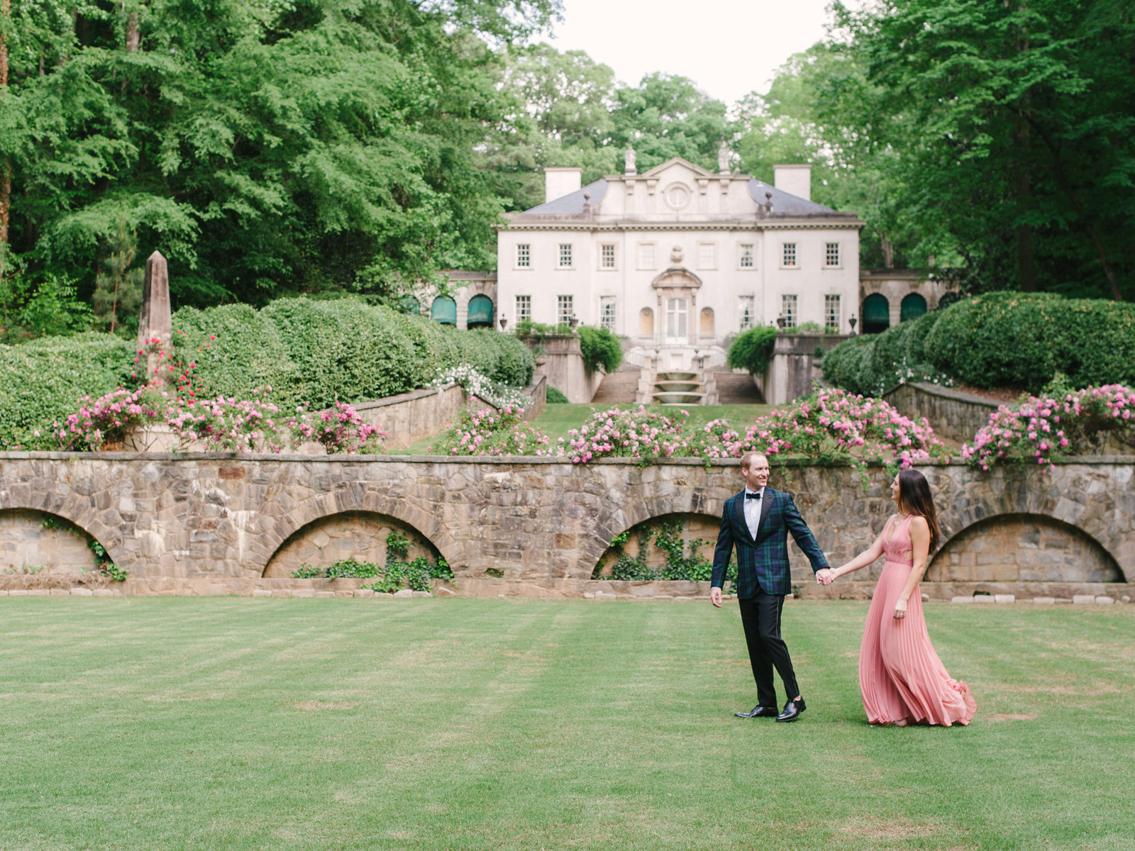 Swan House Engagement Session Carrie Joy Photo