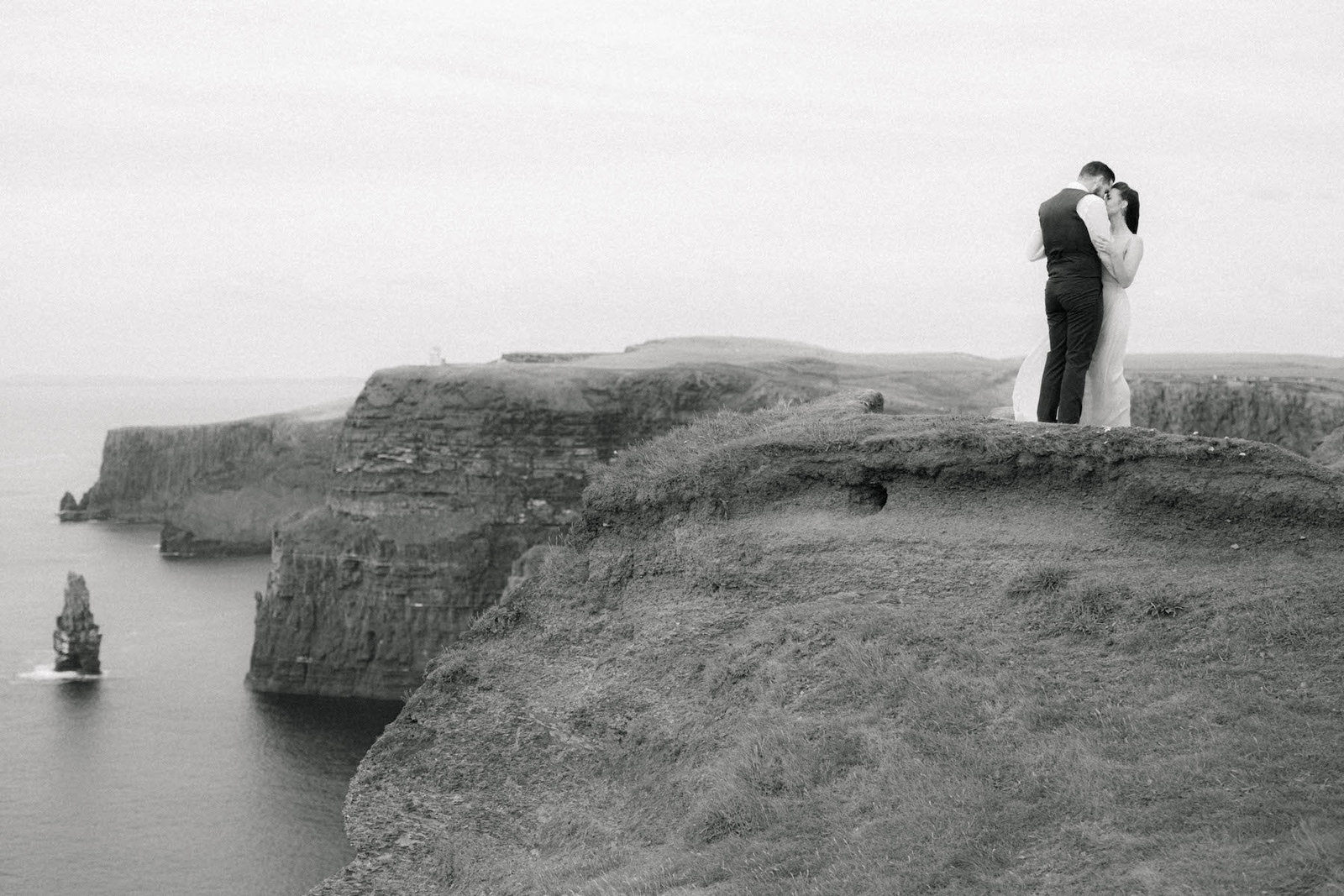 Destination Film Wedding Photographer - Cliffs of Moher - Sarah Sunstrom Photography