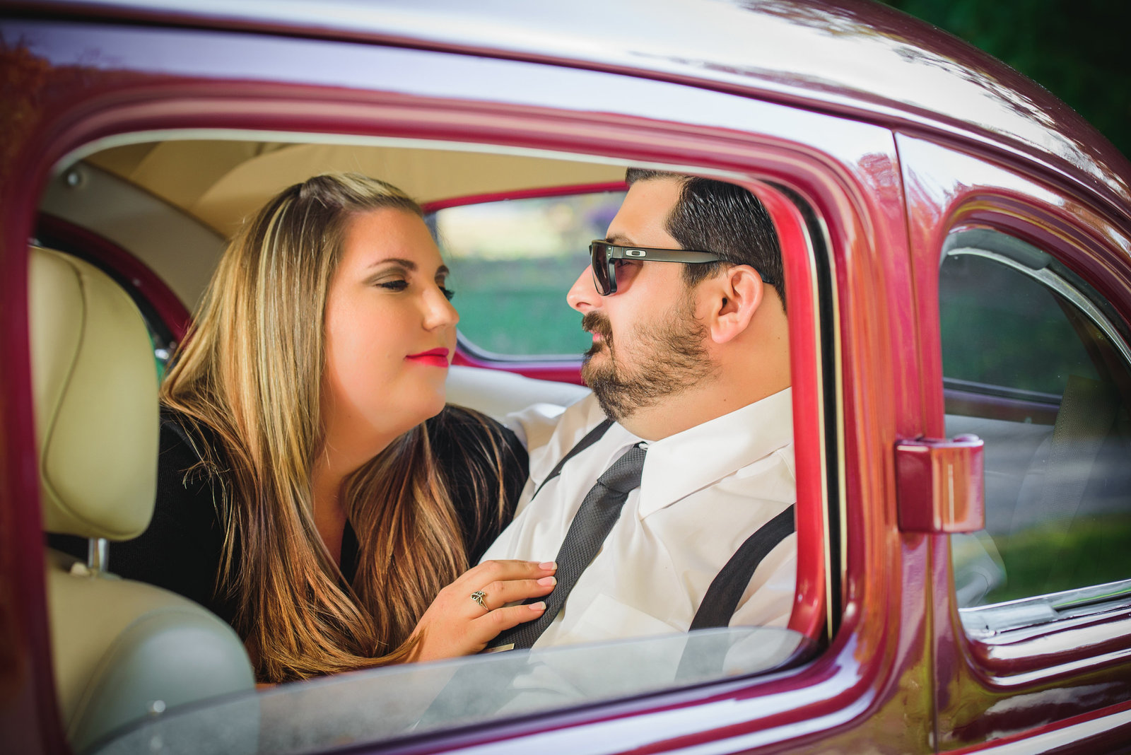 Retro_Pinup_Car_engagement_session_Nj029