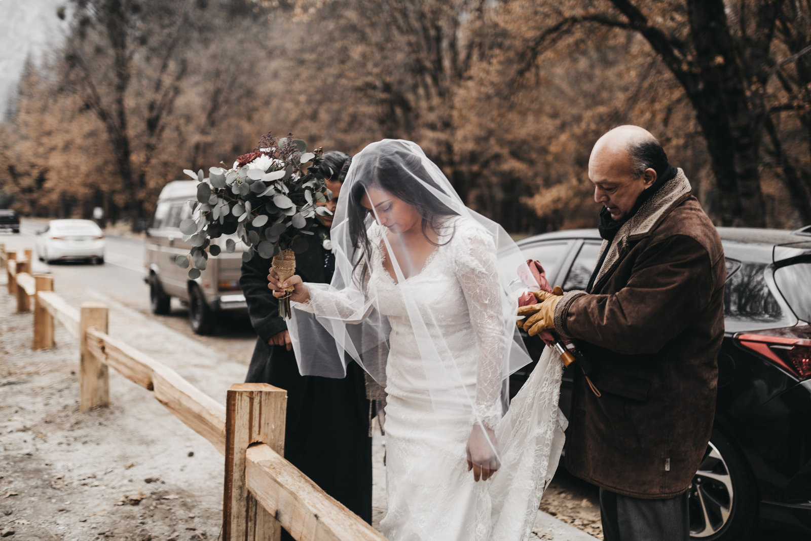 athena-and-camron-yosemite-elopement-wedding-photographer-elegent-valley-wedding10