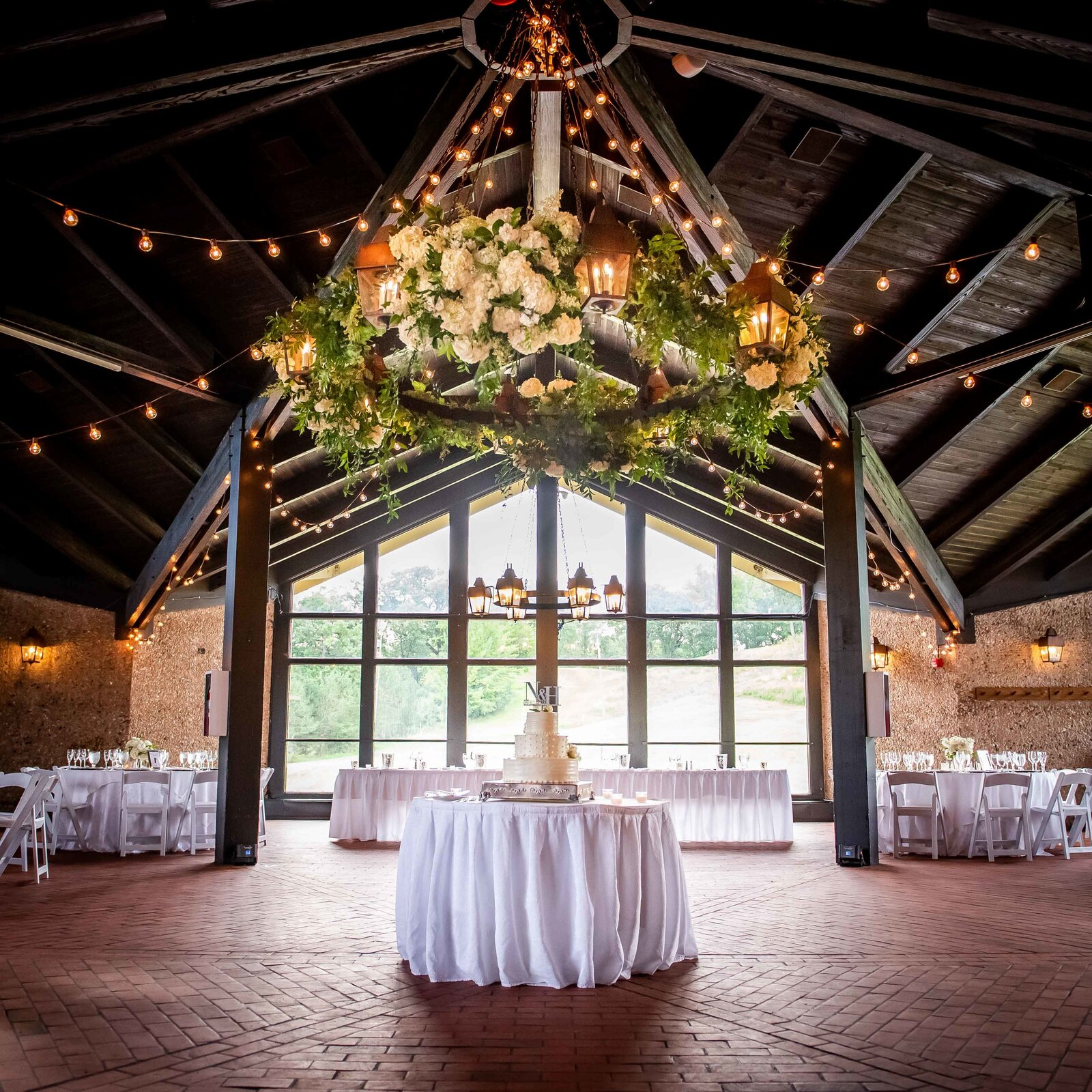wedding-reception-lake-geneva-hall
