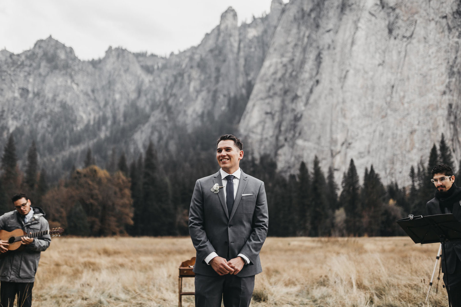 athena-and-camron-yosemite-elopement-wedding-photographer-elegent-valley-wedding13